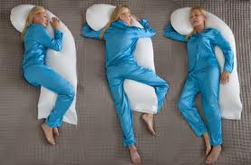 Sleeping-Positions-for-Pregnant-women-Snoozer-pillow